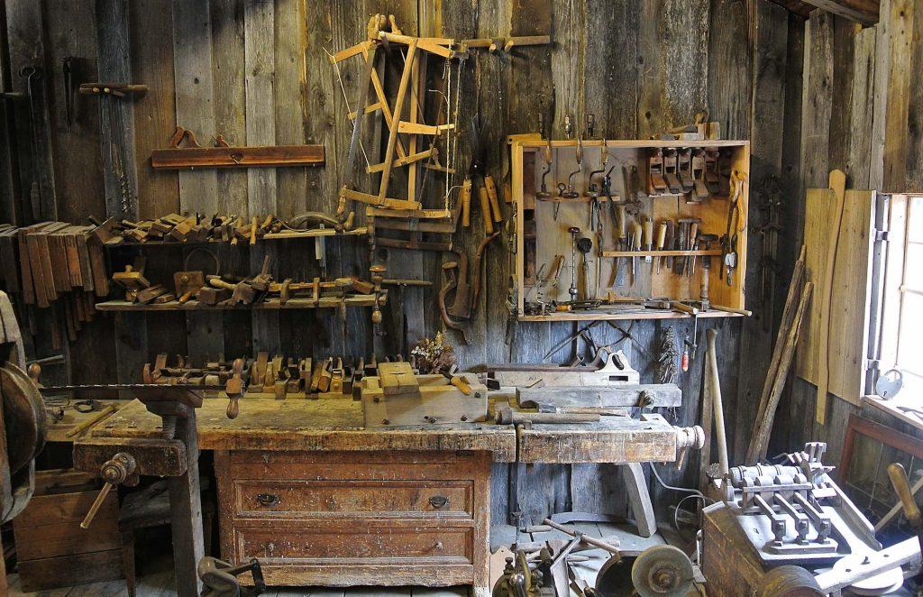 tamplaria de lemn