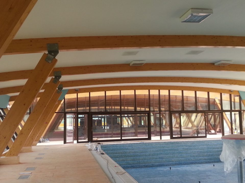 Pereti cortina - lemn aluminiu -  Deva