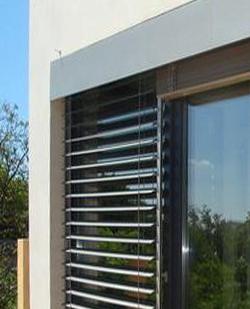 raffstore-prtectie-solare-ferestre