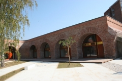 curte-taplarie-lemn-bastion