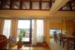 vitrina-usa-intrare-casa-privat2