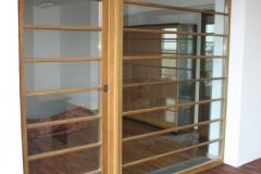 vitrina-usa-intrare-lemn-stejar