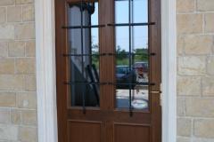 usa-intrare-lemn-stejar-fier-forjat-1
