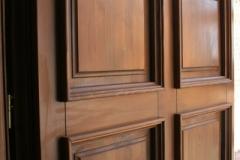 detaliu-usa-intrare-lemn