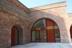 fereastra-ornament-lemn-stratificat-bolta