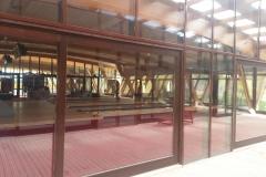 vedere-interioara-perete-cortina-lemn-aluminiu-hebe-schiebe-5