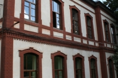 fatada-ferestre-lemn-stratificat